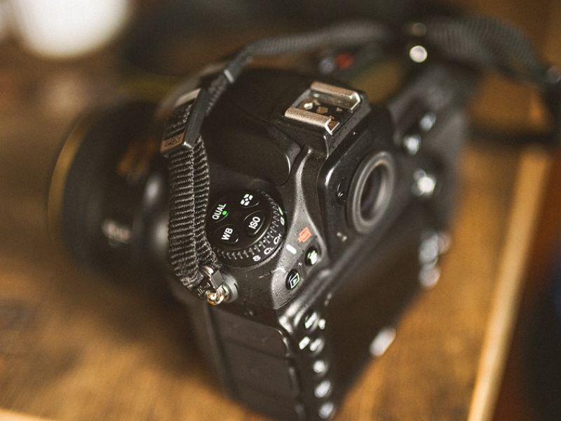 Nikon 810