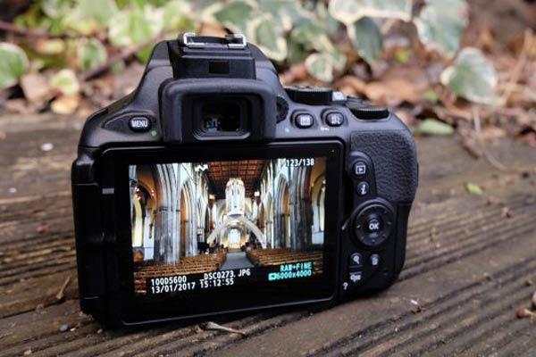 قابلیت های دوربین نیکون D5600