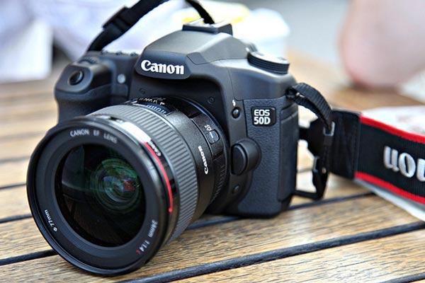 مشخصات دوربین عکاسی کانن 5DS