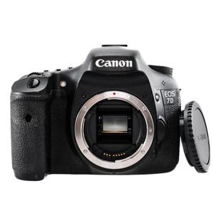 دوربین دیجیتال کانن EOS 7D
