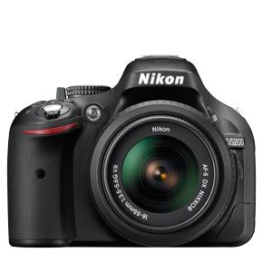 دوربین عکاسی دیجیتال نیکون D5200 با لنز 18-55 میلیمتری