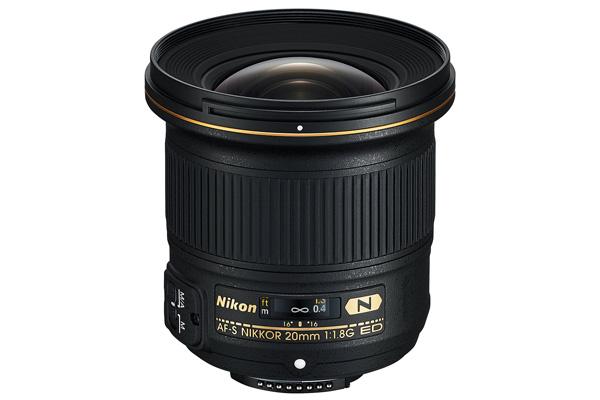 لنز مناسب عکاسی نجومی Nikon 20mm f 1.8