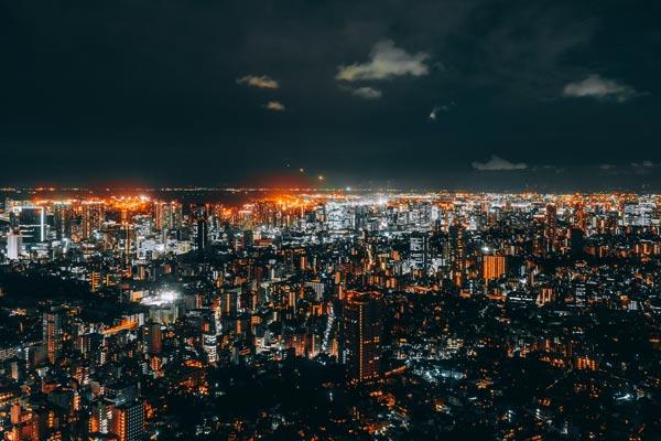 ویژگی لنز مناسب عکاسی در شب