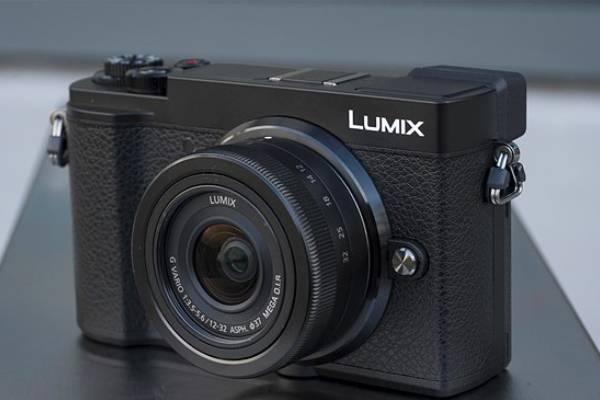 دوربین کامپکت پاناسونیک Lumix GX9