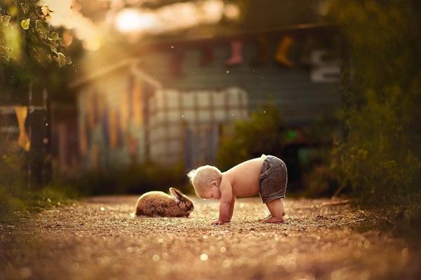 آموزش عکاسی از نوزاد در فضای باز