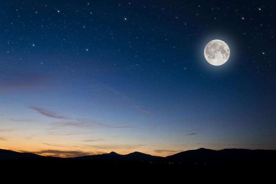 برنامه ریزی برای عکاسی از قمر