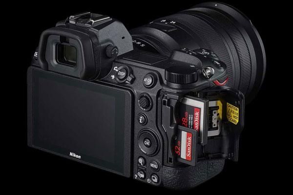 خصوصیات دوربین Nikon Z7 II