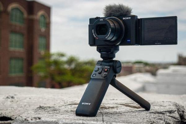 دوربین screen zv1