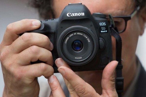 بهترین دوربین برای عکاسی از عروسی