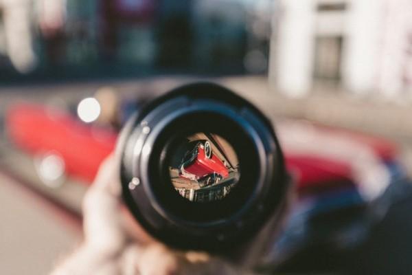لنز مناسب عکاسی از ماشین