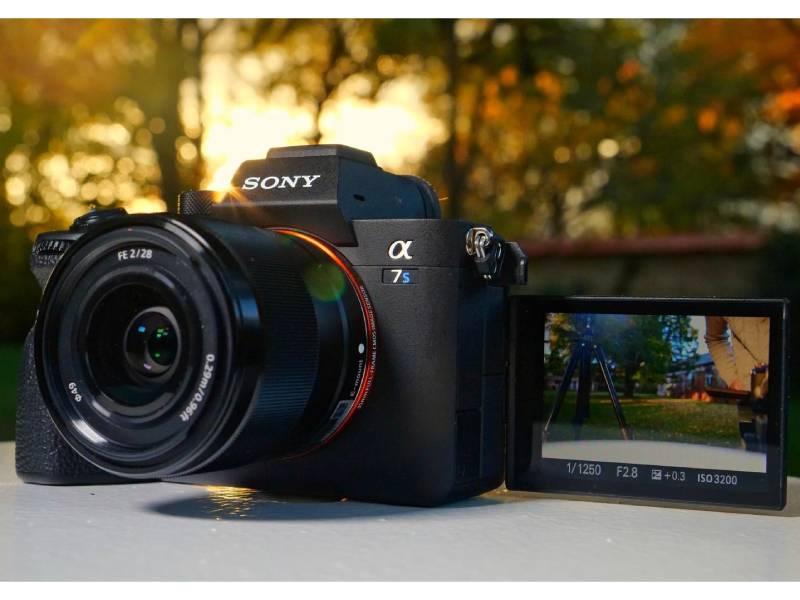 بررسی مشخصات دوربین سونی SONY a7S III