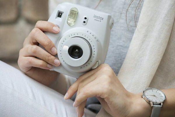 دوربین فوجی فیلم سفید instax mini 9