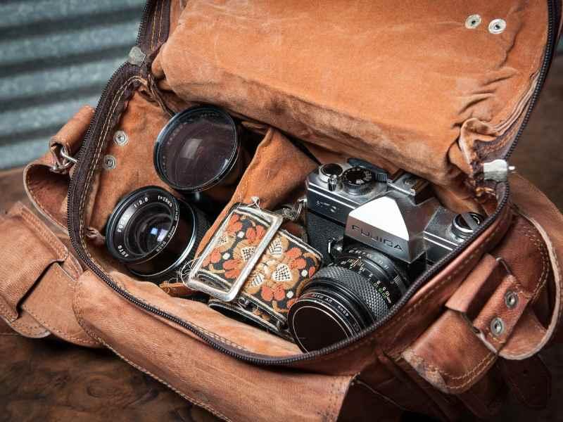 فضای درون کیف دوربین عکاسی